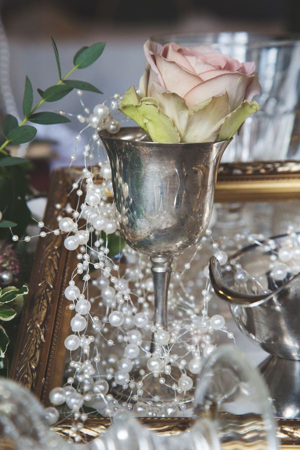 nellie-photography-vintage-chic-wedding-fair-Ettington-Park-Hotel-vintage-inspired-wedding (5)