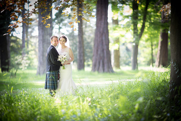 stuart craig photo, edinburgh wedding, oxenfoord castle, white and blue wedding details