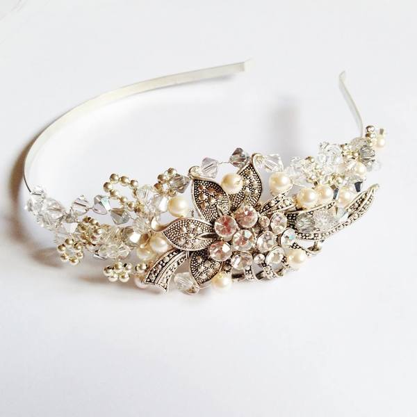 lark-and-lily-designs-wedding-accessories-bridal-accessories-bridal-jewellery-wedding-jewellery 1