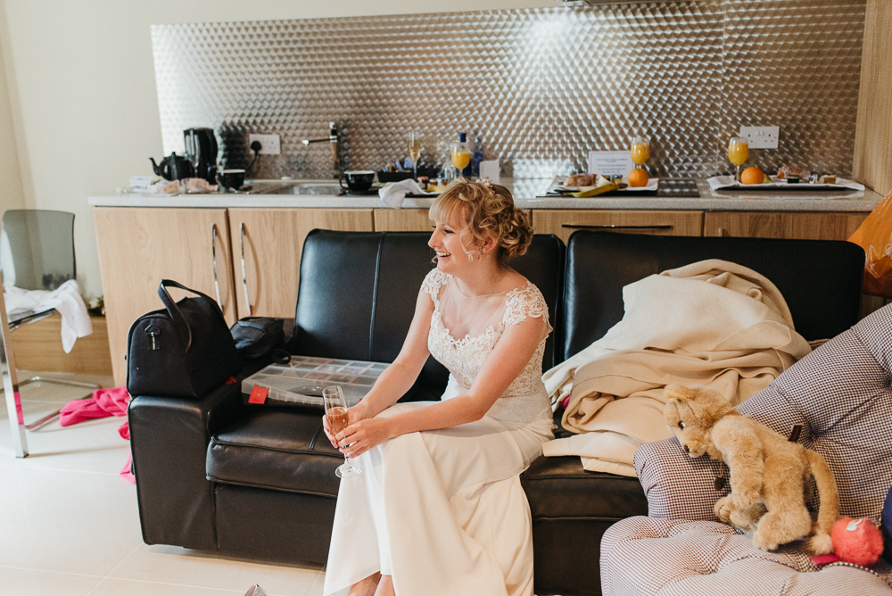 south-wales-wedding-relaxed-wedding-elaine-williams-photography (23)