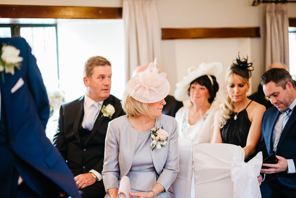 south-wales-wedding-relaxed-wedding-elaine-williams-photography (30)