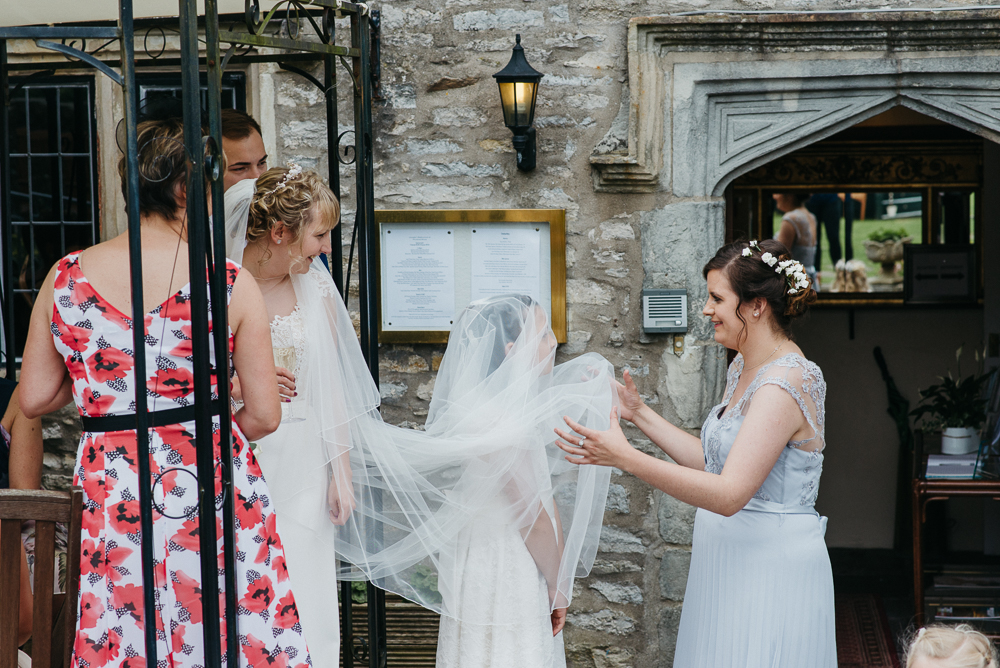 south-wales-wedding-relaxed-wedding-elaine-williams-photography (66)