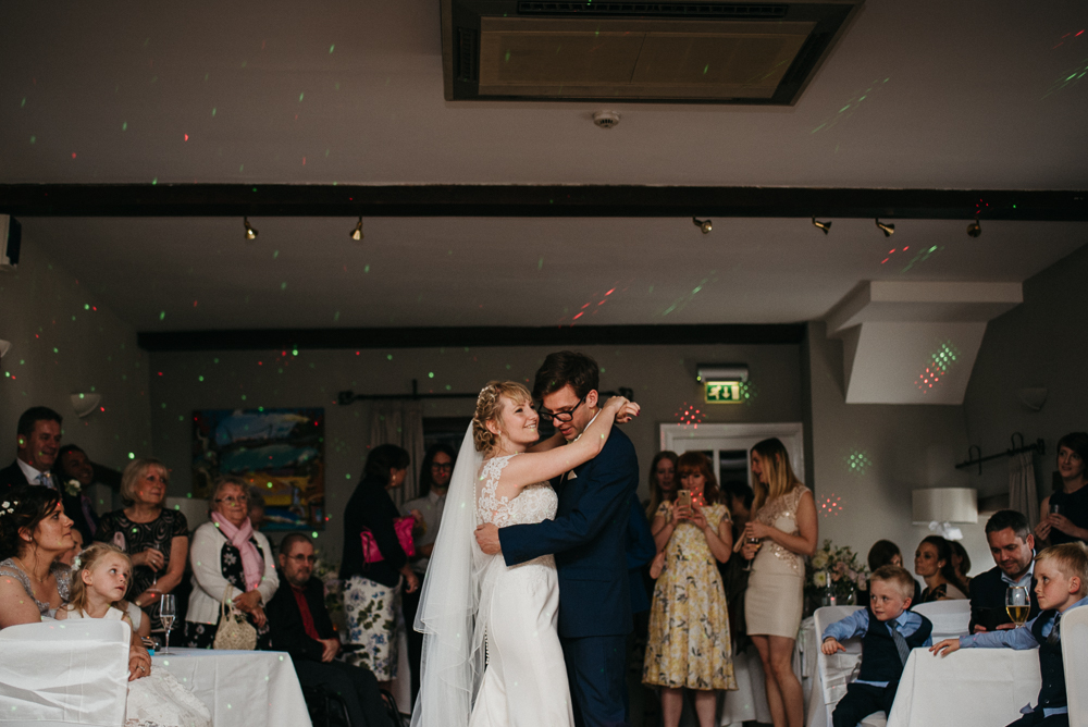 south-wales-wedding-relaxed-wedding-elaine-williams-photography (95)