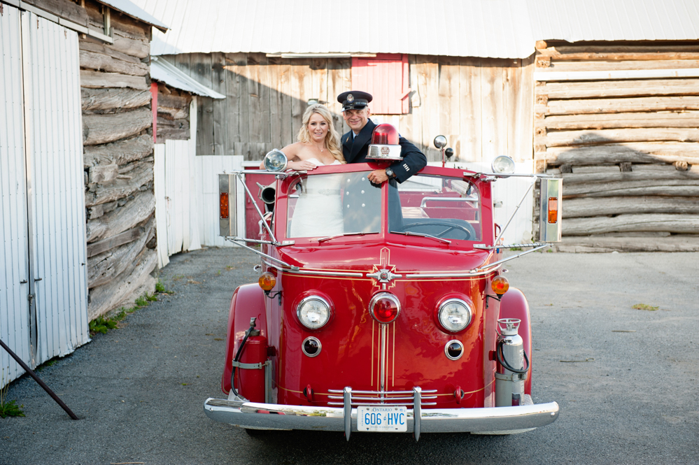 black-lamb-photography-ottawa-wedding-photographer-fire-fighter-themed-wedding-shoot-10