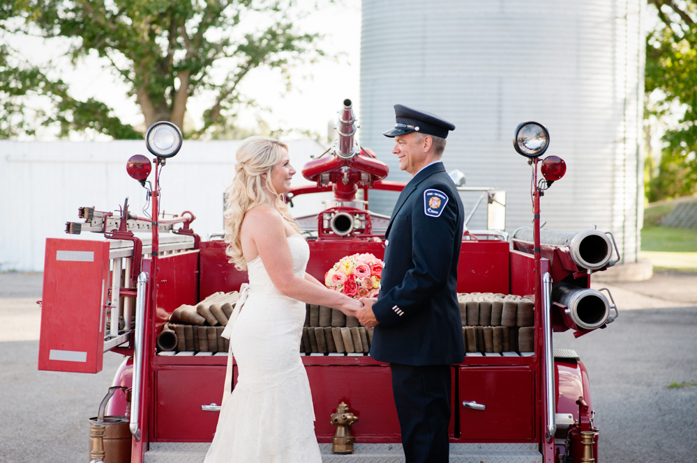 black-lamb-photography-ottawa-wedding-photographer-fire-fighter-themed-wedding-shoot-13