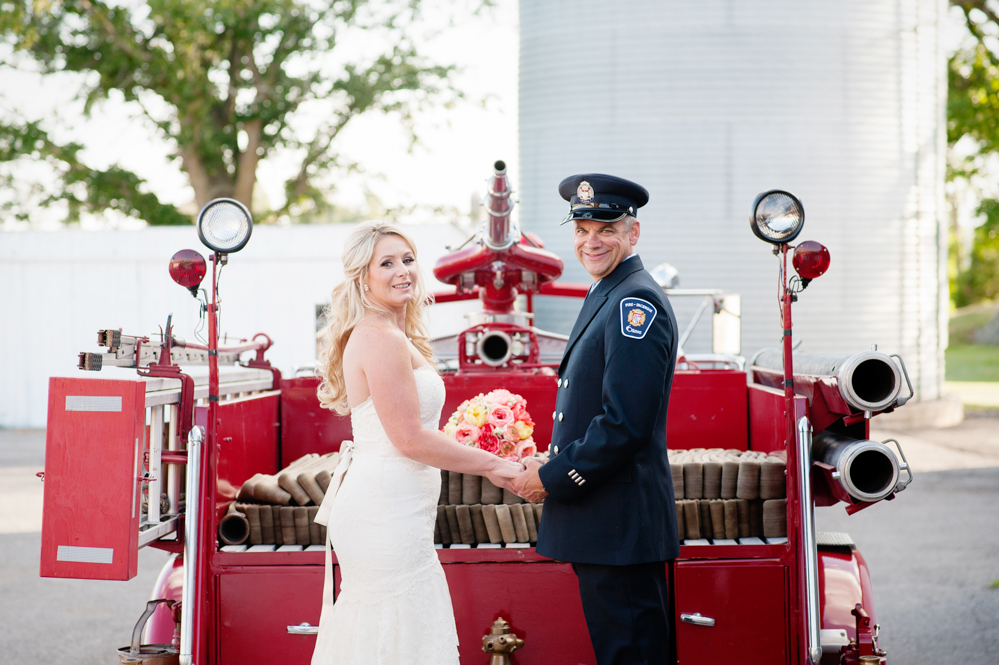 black-lamb-photography-ottawa-wedding-photographer-fire-fighter-themed-wedding-shoot-14