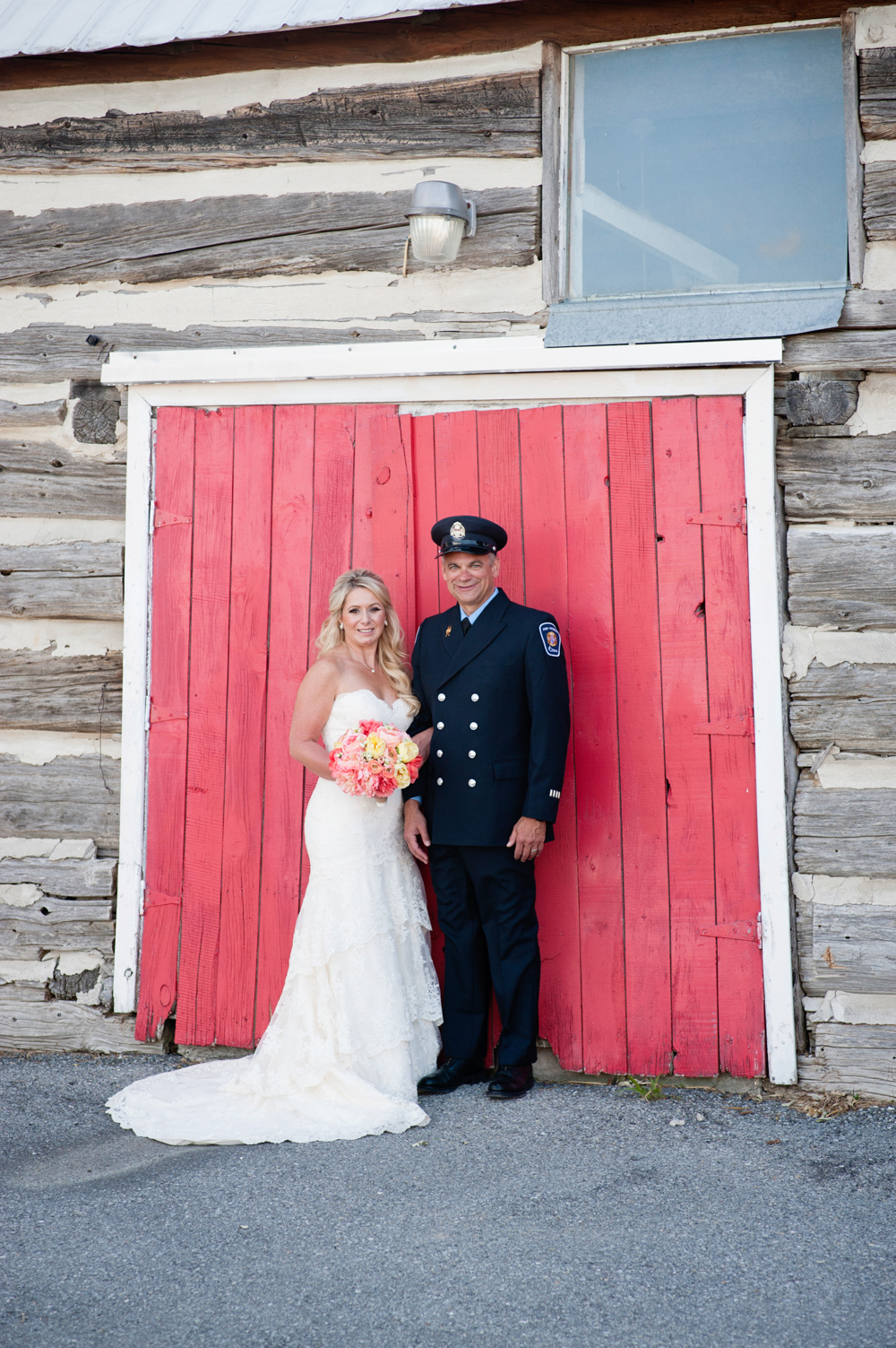 black-lamb-photography-ottawa-wedding-photographer-fire-fighter-themed-wedding-shoot-16