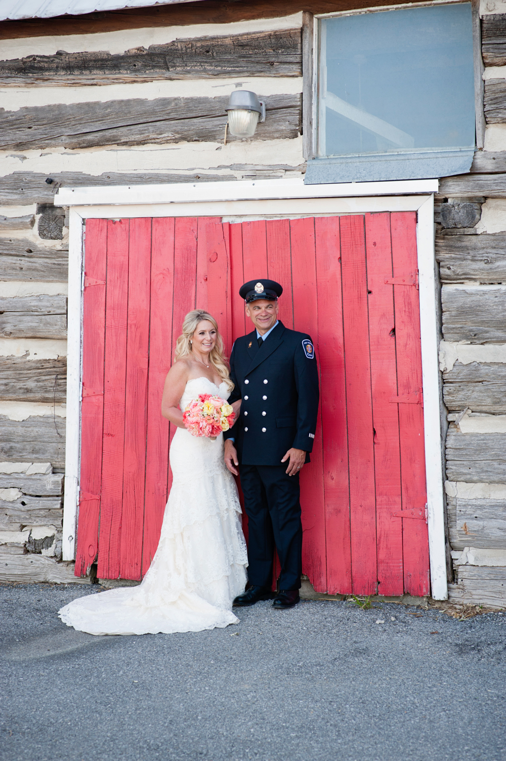 black-lamb-photography-ottawa-wedding-photographer-fire-fighter-themed-wedding-shoot-17