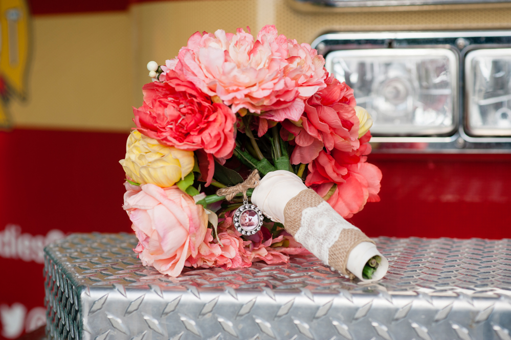 black-lamb-photography-ottawa-wedding-photographer-fire-fighter-themed-wedding-shoot-2