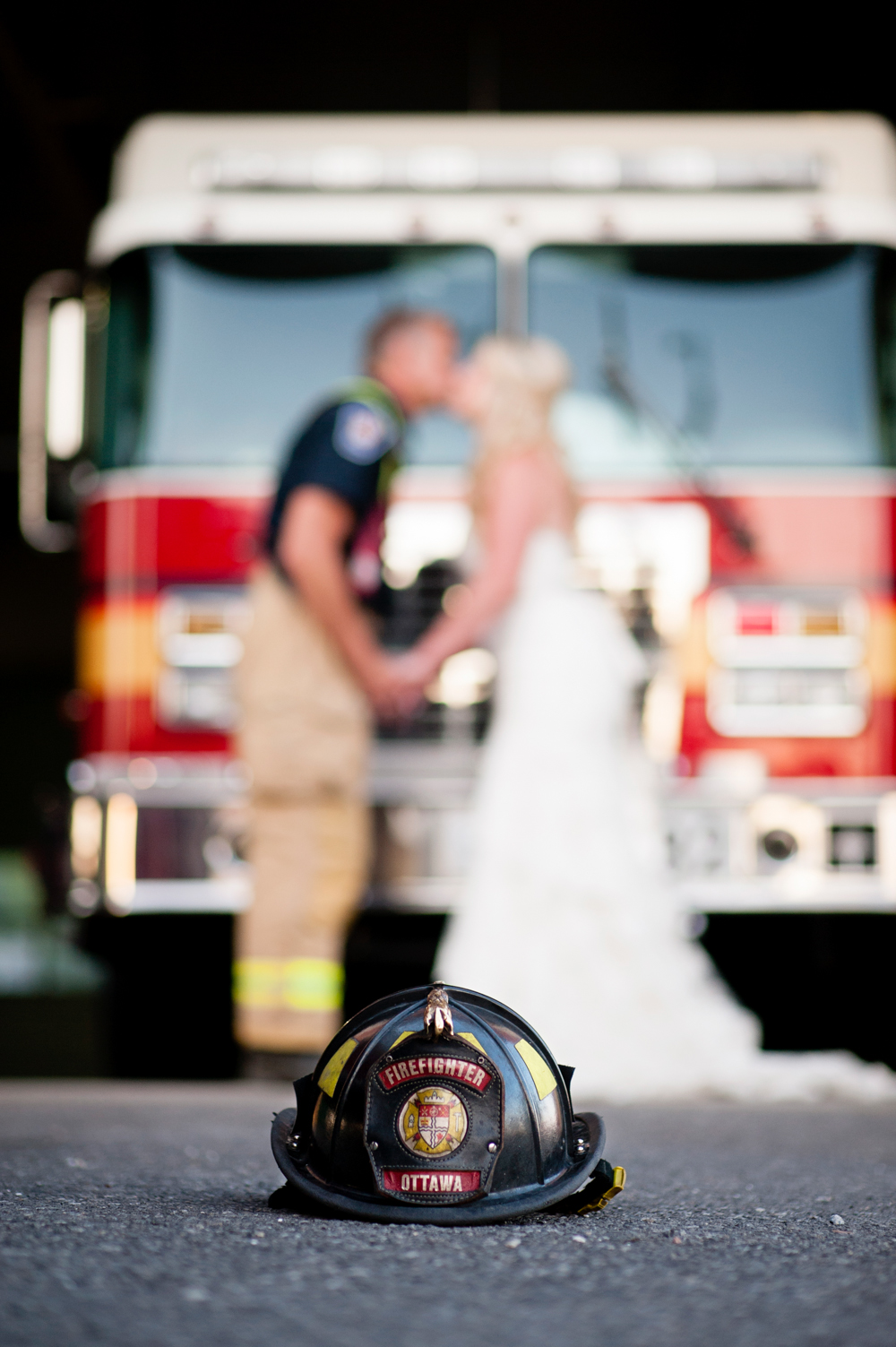 black-lamb-photography-ottawa-wedding-photographer-fire-fighter-themed-wedding-shoot-51