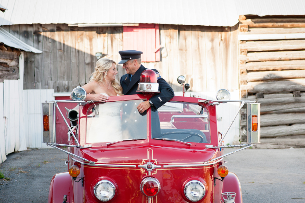 black-lamb-photography-ottawa-wedding-photographer-fire-fighter-themed-wedding-shoot-9