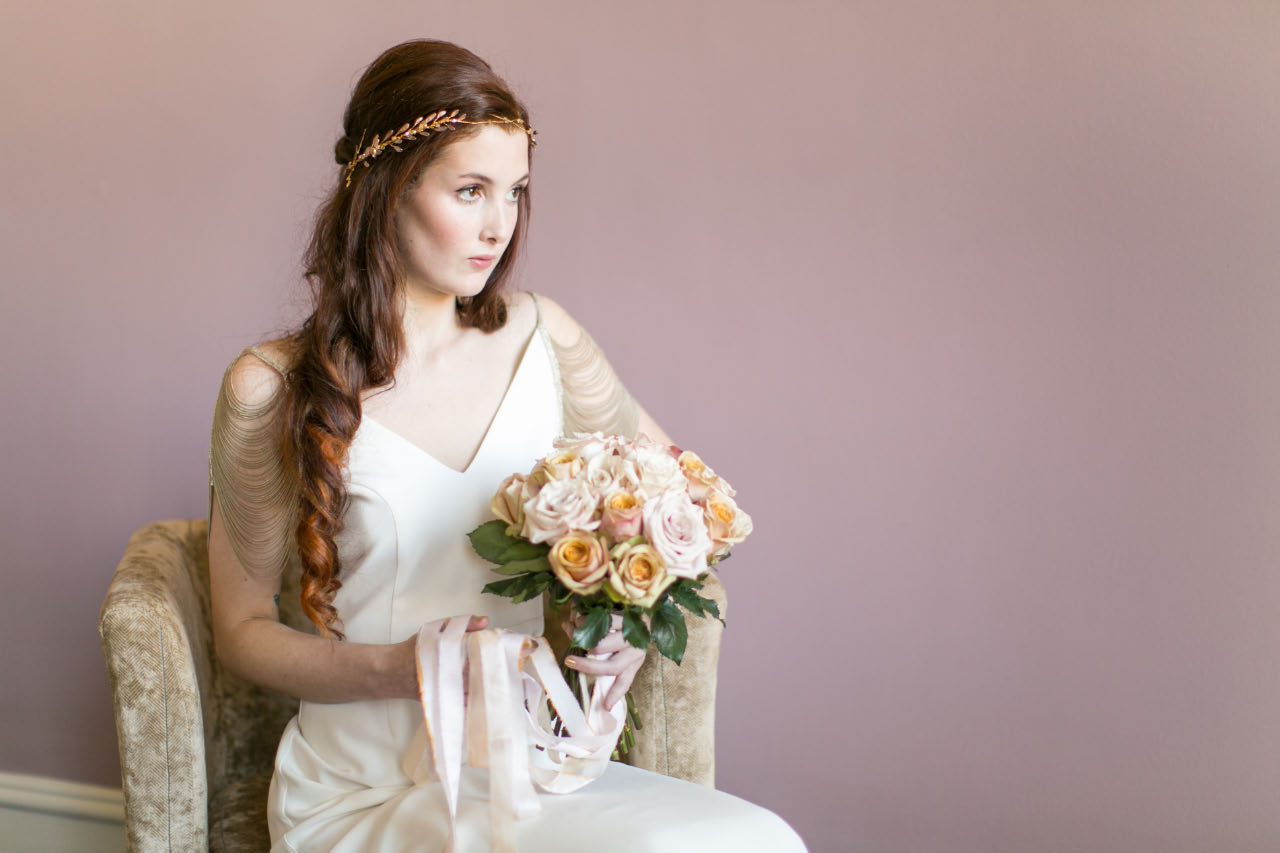 victoria-millesime, gold-dust-ethereal-bridal-halo, Image by Anneli Marinovich