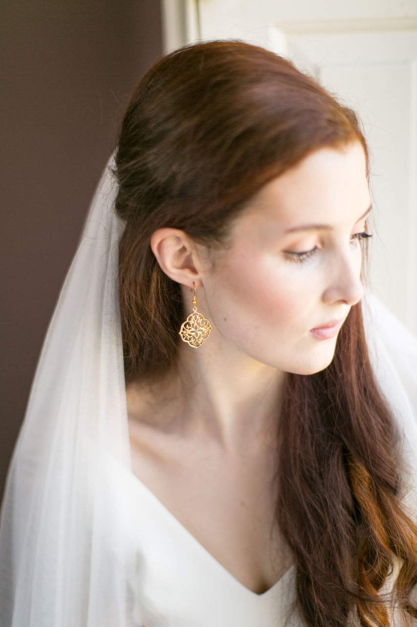 victoria-millesime, golden-filligree-earrings, Image by Anneli Marinovich