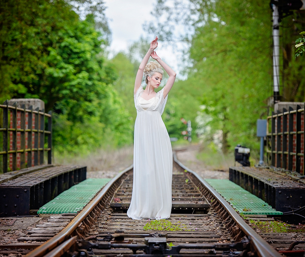 amber-tutton-model-pengelly-photography-colne-valley-railway-railway-bridal-shoot-16
