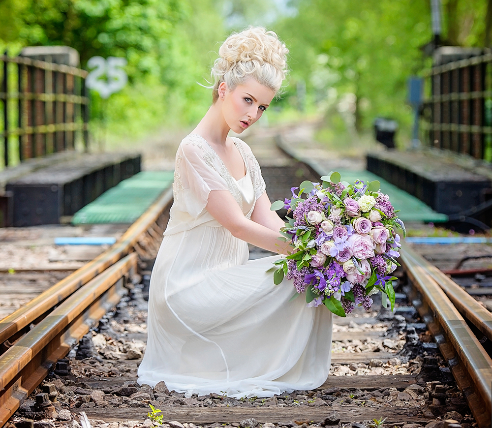 amber-tutton-model-pengelly-photography-colne-valley-railway-railway-bridal-shoot-17