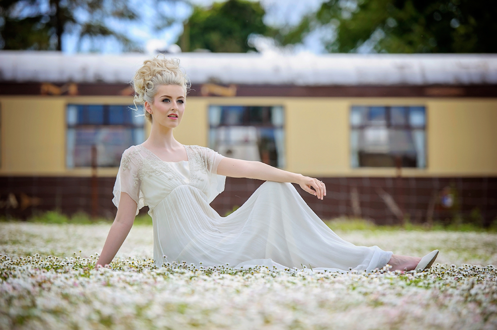 amber-tutton-model-pengelly-photography-colne-valley-railway-railway-bridal-shoot-9