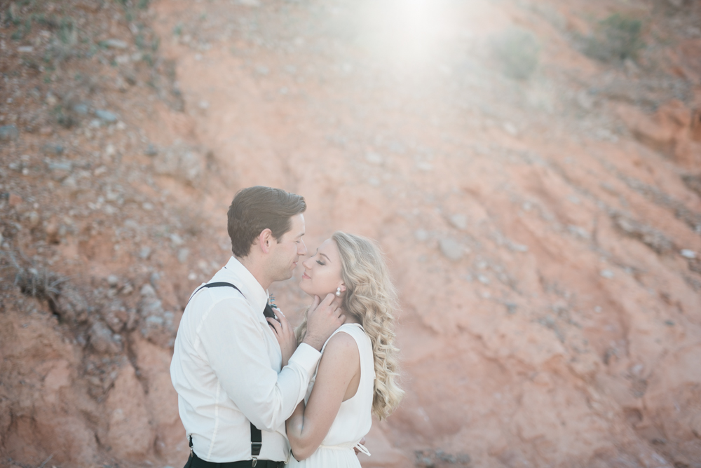 kristen-kay-photography-las-vegas-desert-elopement-styled-shoot-10