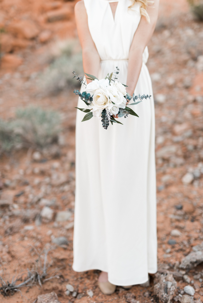 kristen-kay-photography-las-vegas-desert-elopement-styled-shoot-33