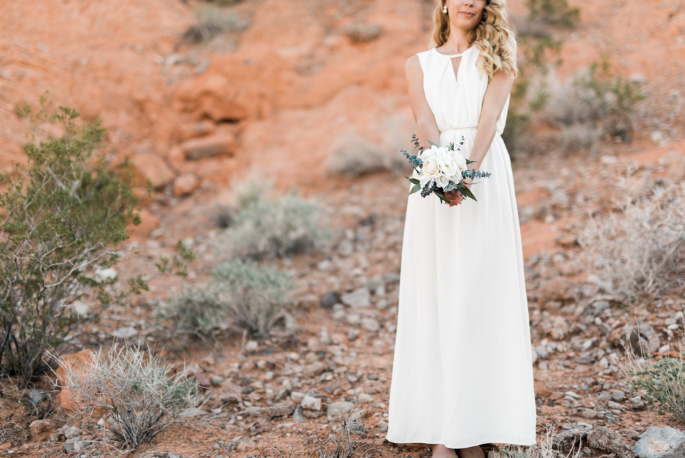 kristen-kay-photography-las-vegas-desert-elopement-styled-shoot-34