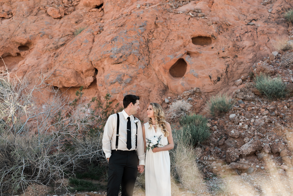 kristen-kay-photography-las-vegas-desert-elopement-styled-shoot-4