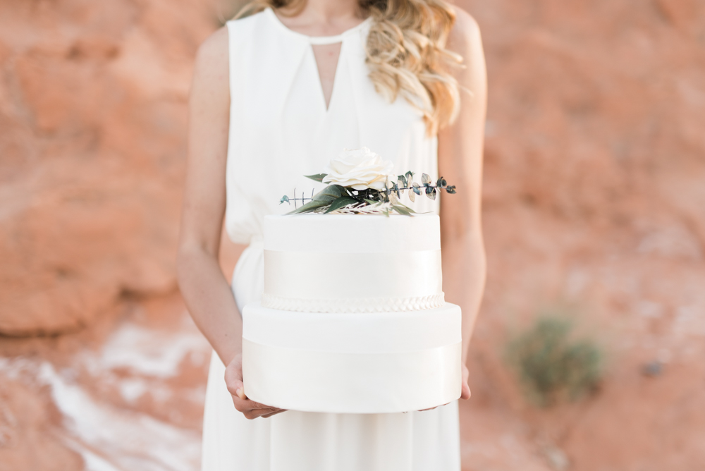 kristen-kay-photography-las-vegas-desert-elopement-styled-shoot-47