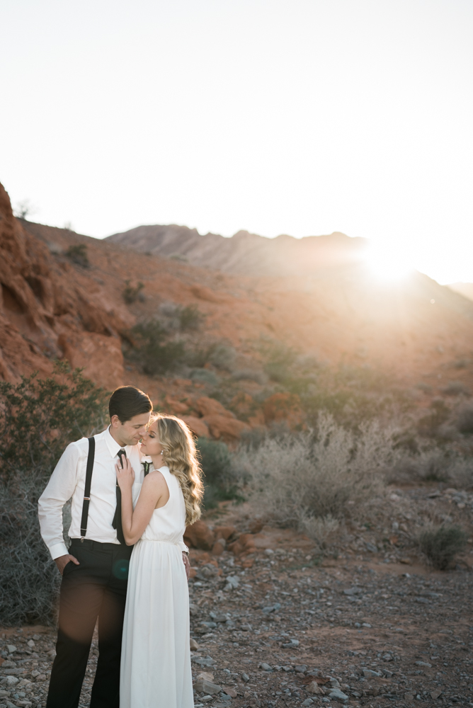 kristen-kay-photography-las-vegas-desert-elopement-styled-shoot-48