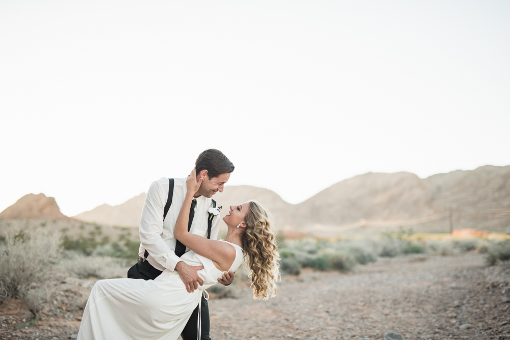kristen-kay-photography-las-vegas-desert-elopement-styled-shoot-54