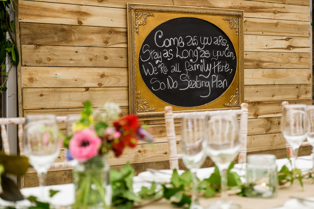 rustic-detail-insdie-the-steading, cow shed crail, fife wedding venue, image - suzanne black photography