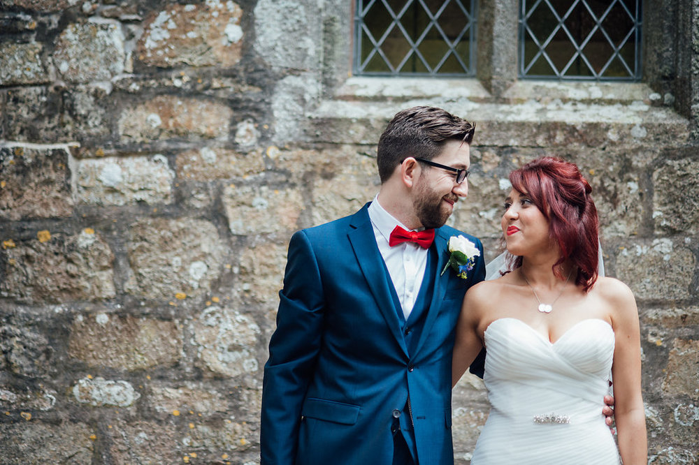 liberty-pearl-photography-cornwall-wedding-porthleven-wedding-red-and-blue-wedding-colour-palette-13