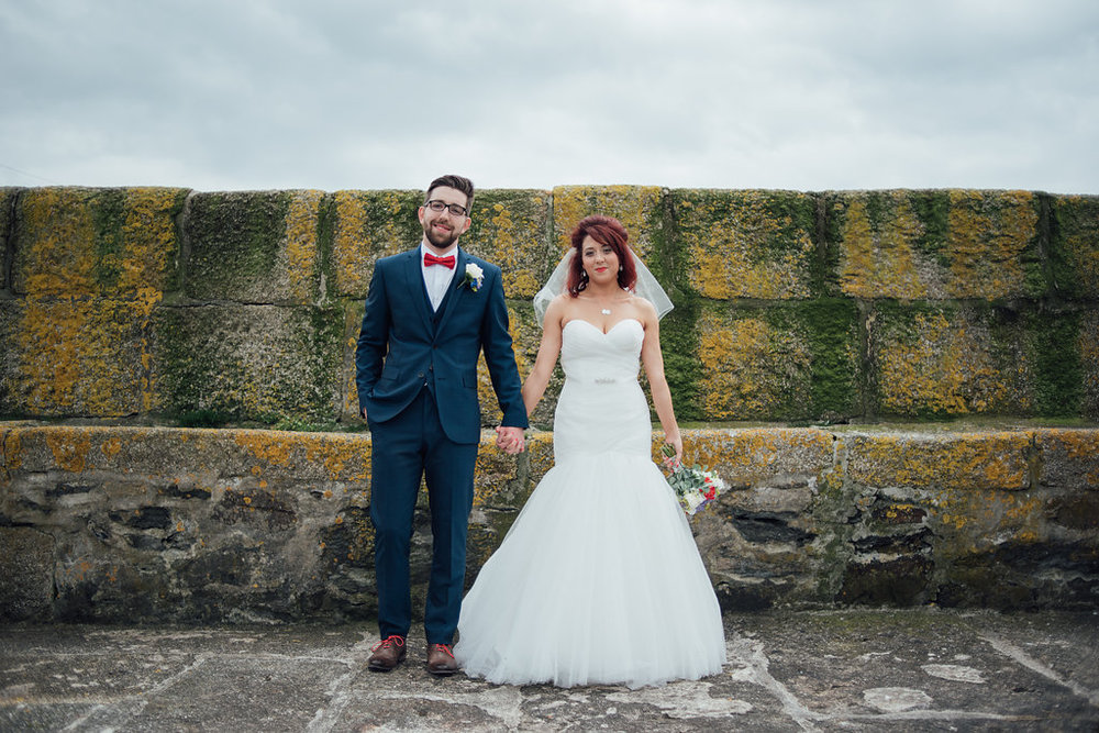 liberty-pearl-photography-cornwall-wedding-porthleven-wedding-red-and-blue-wedding-colour-palette-23