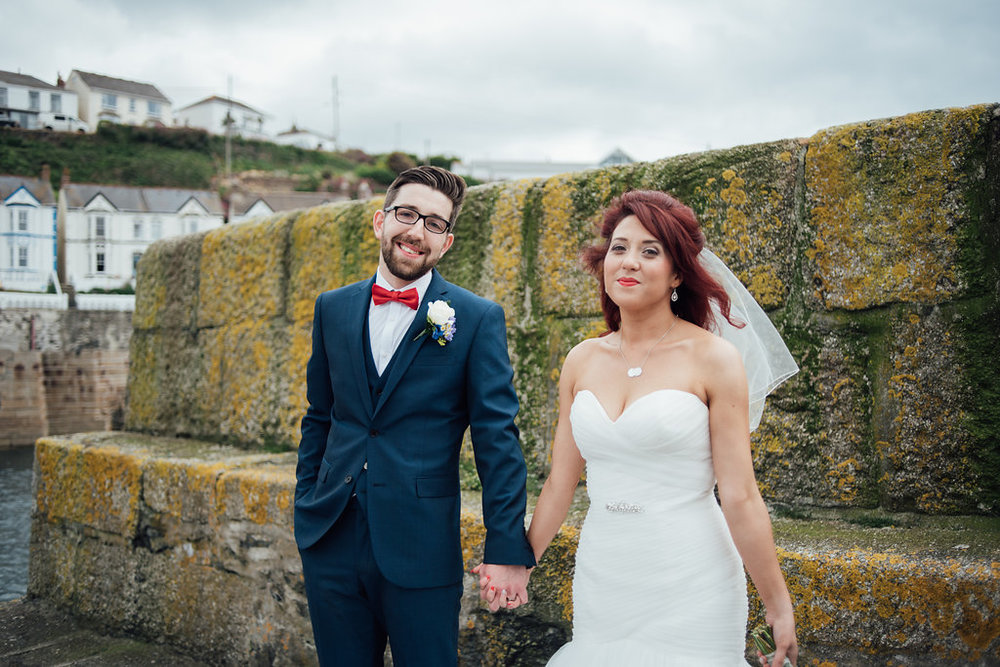 liberty-pearl-photography-cornwall-wedding-porthleven-wedding-red-and-blue-wedding-colour-palette-24