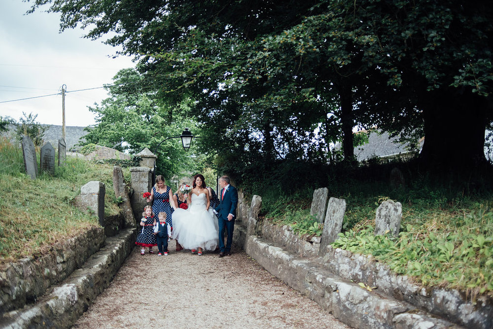 liberty-pearl-photography-cornwall-wedding-porthleven-wedding-red-and-blue-wedding-colour-palette-3