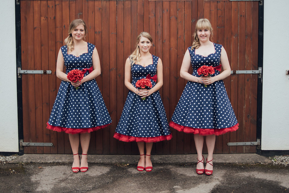 liberty-pearl-photography-cornwall-wedding-porthleven-wedding-red-and-blue-wedding-colour-palette-47