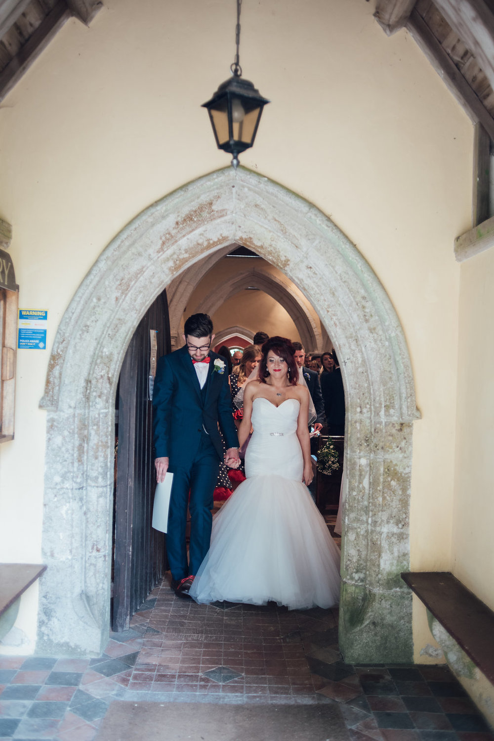 liberty-pearl-photography-cornwall-wedding-porthleven-wedding-red-and-blue-wedding-colour-palette-61