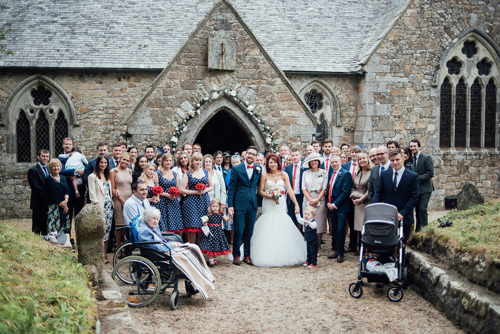 liberty-pearl-photography-cornwall-wedding-porthleven-wedding-red-and-blue-wedding-colour-palette-62