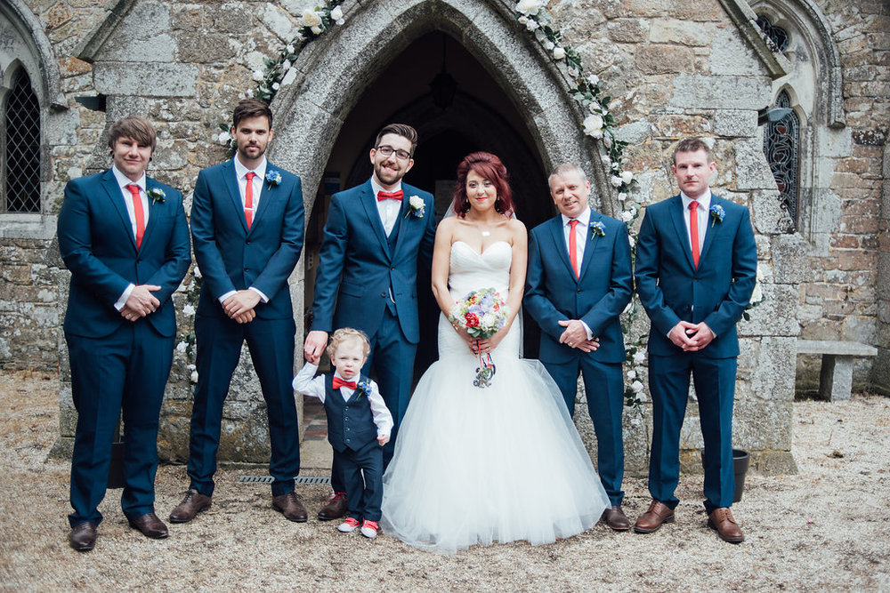 liberty-pearl-photography-cornwall-wedding-porthleven-wedding-red-and-blue-wedding-colour-palette-64