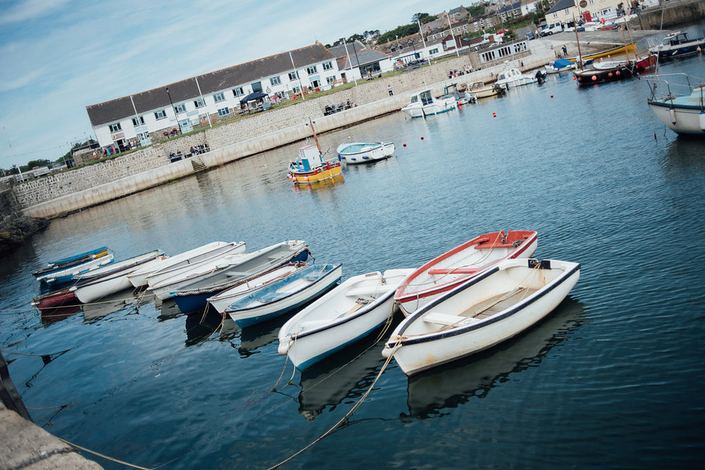 liberty-pearl-photography-cornwall-wedding-porthleven-wedding-red-and-blue-wedding-colour-palette-76