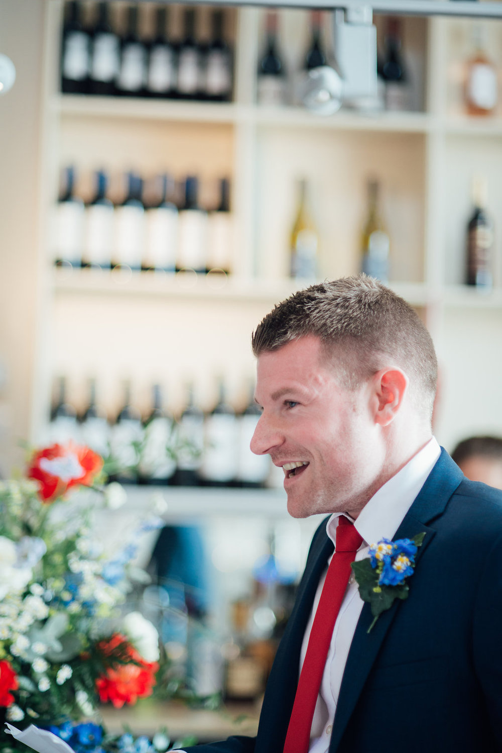 liberty-pearl-photography-cornwall-wedding-porthleven-wedding-red-and-blue-wedding-colour-palette-81