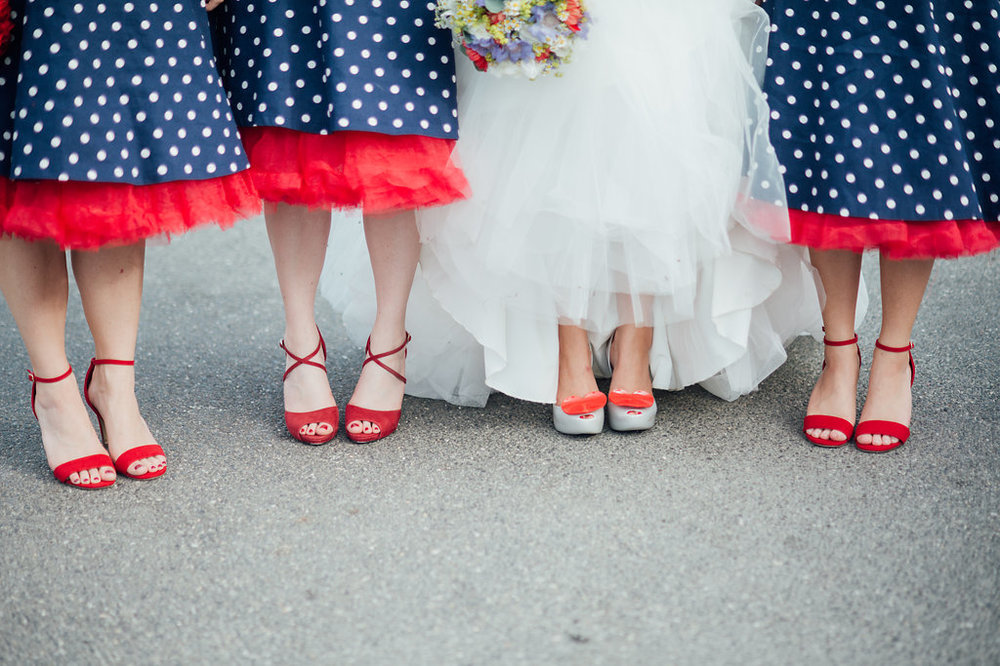 liberty-pearl-photography-cornwall-wedding-porthleven-wedding-red-and-blue-wedding-colour-palette-91
