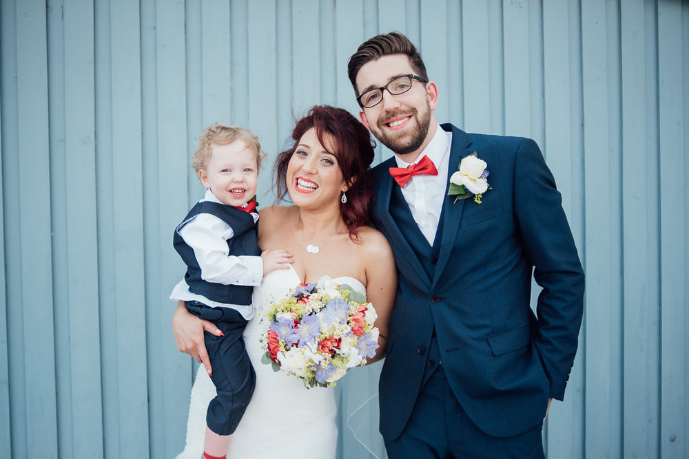 liberty-pearl-photography-cornwall-wedding-porthleven-wedding-red-and-blue-wedding-colour-palette-93