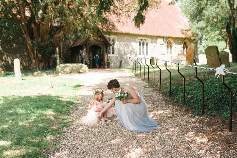 hannah-mcclune-photography-mill-house-hotel-swallowfield-rustic-wedding-burgundy-and-peach-wedding-29
