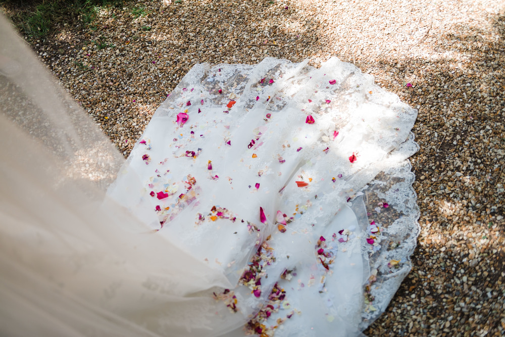 hannah-mcclune-photography-mill-house-hotel-swallowfield-rustic-wedding-burgundy-and-peach-wedding-35