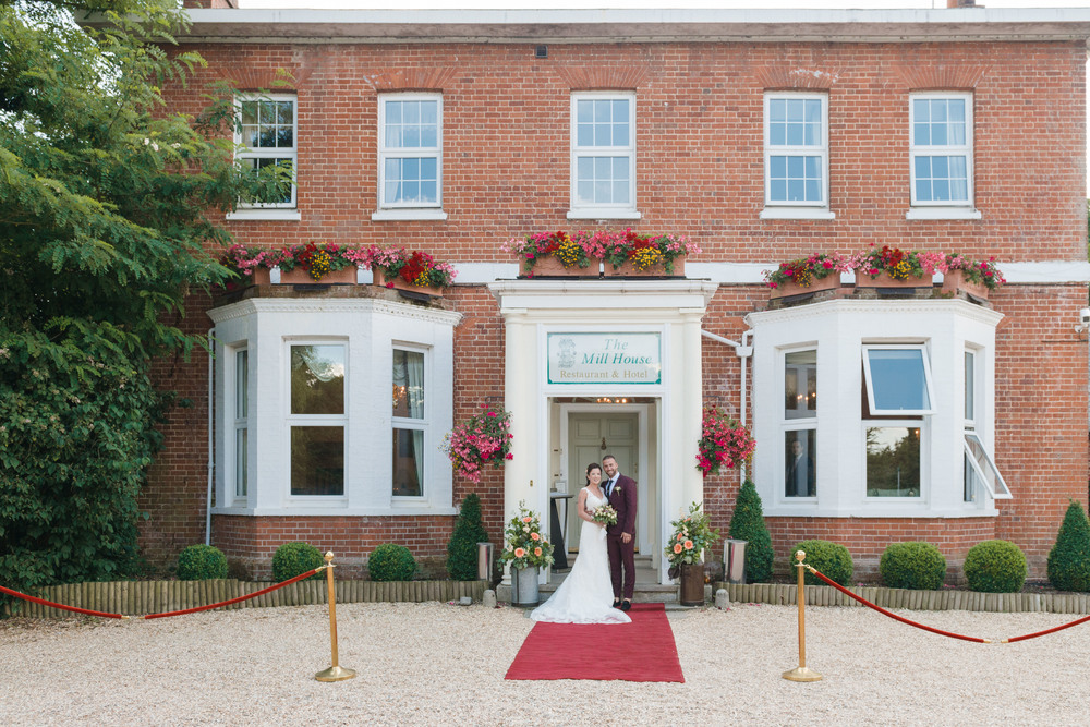 hannah-mcclune-photography-mill-house-hotel-swallowfield-rustic-wedding-burgundy-and-peach-wedding-39
