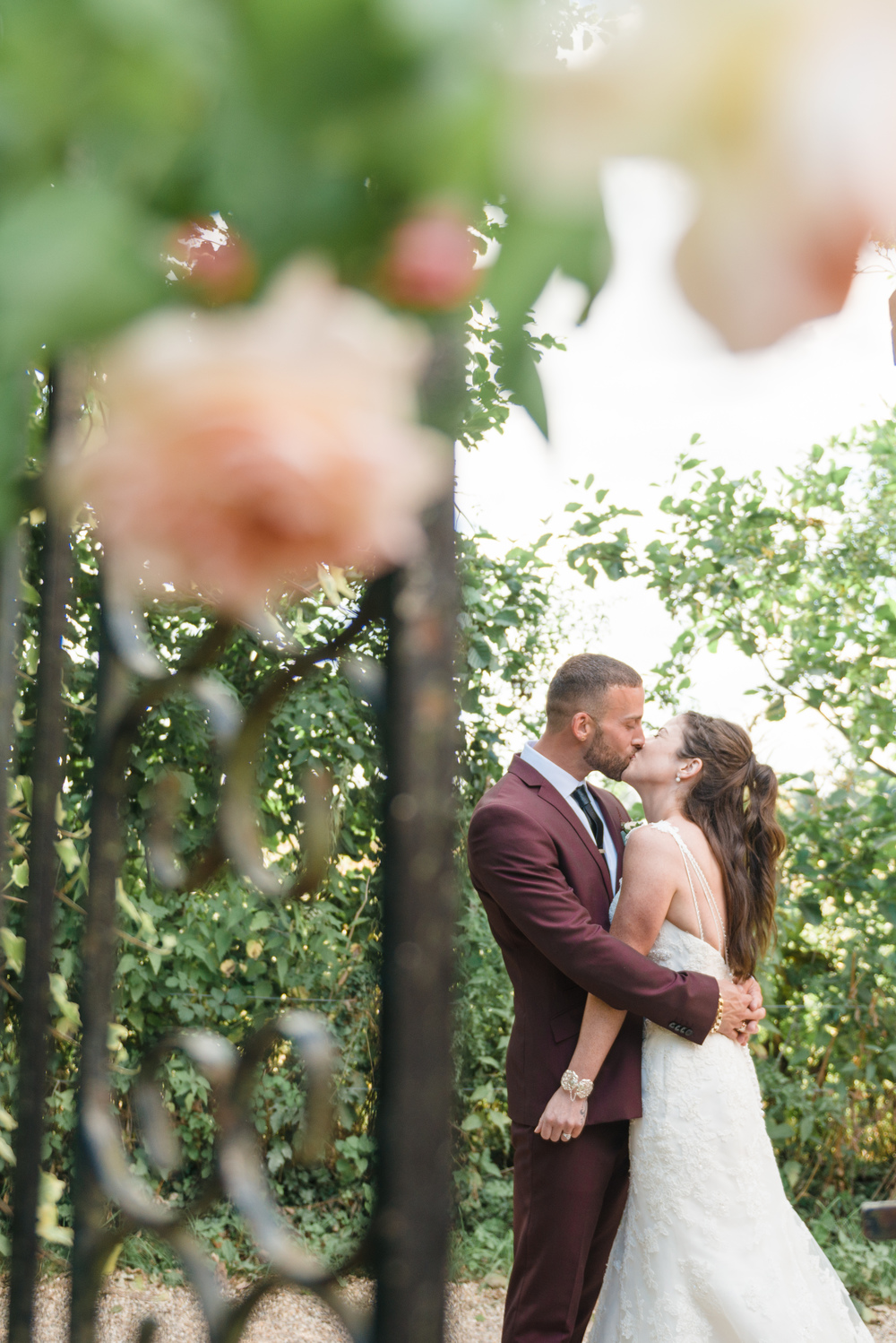 hannah-mcclune-photography-mill-house-hotel-swallowfield-rustic-wedding-burgundy-and-peach-wedding-47