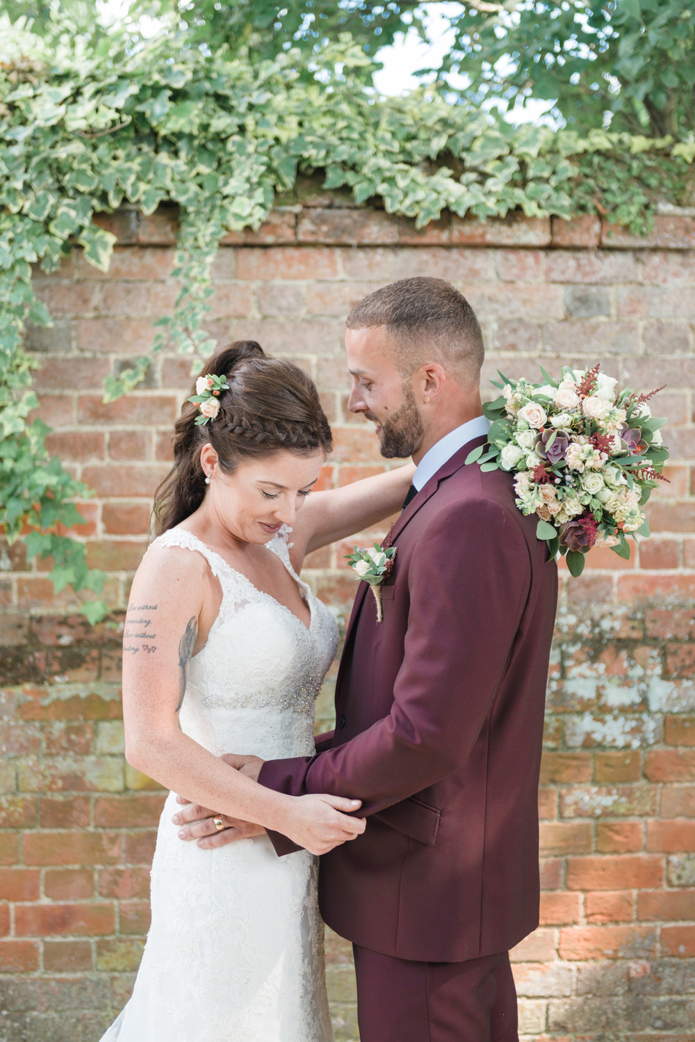 hannah-mcclune-photography-mill-house-hotel-swallowfield-rustic-wedding-burgundy-and-peach-wedding-52