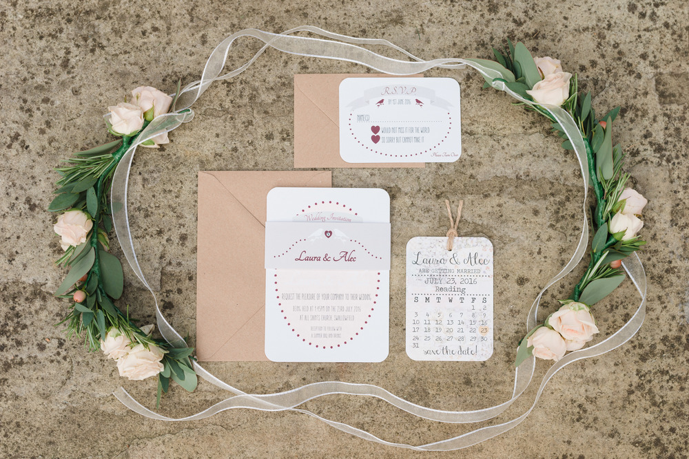 hannah-mcclune-photography-mill-house-hotel-swallowfield-rustic-wedding-burgundy-and-peach-wedding-6