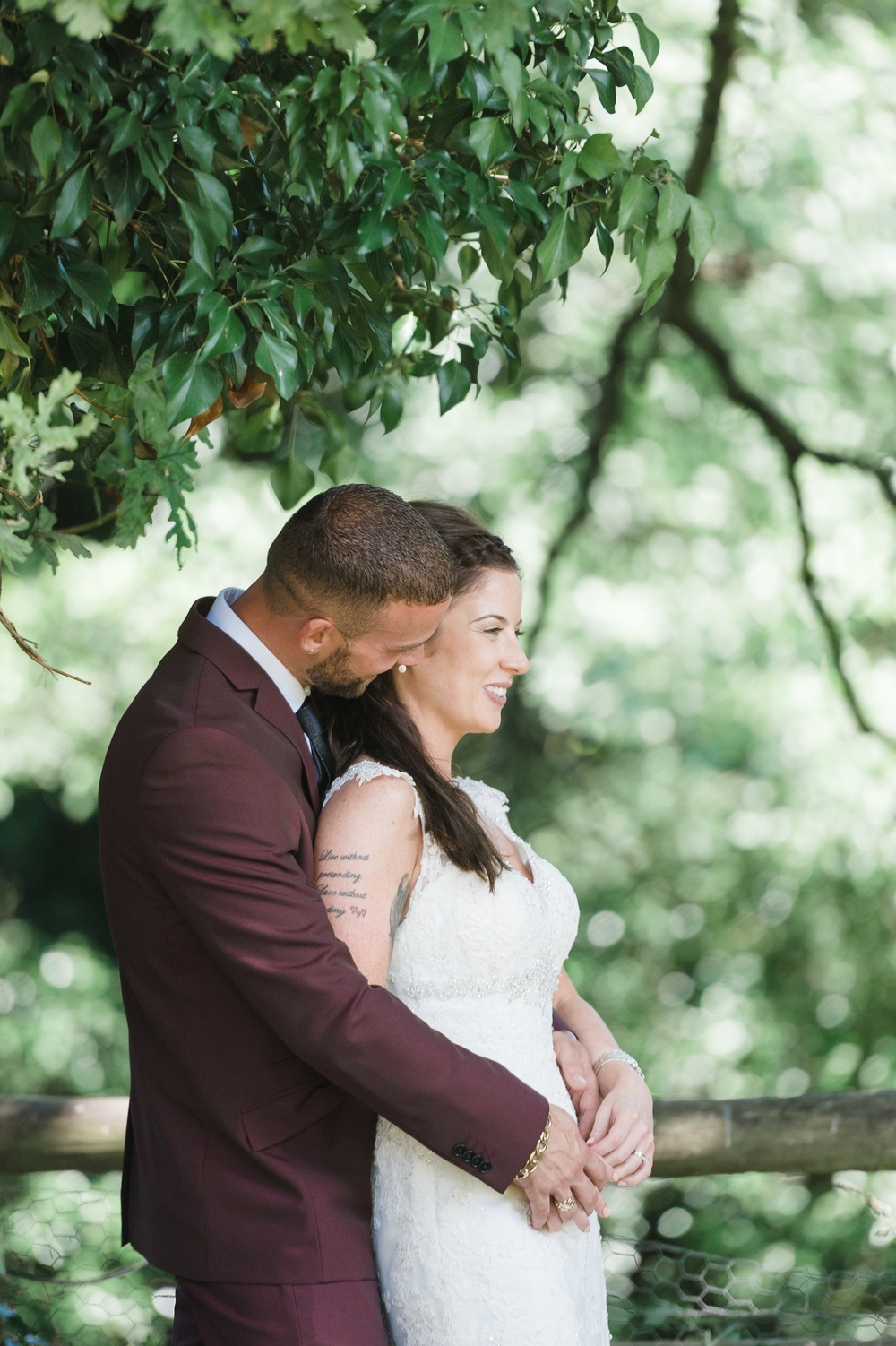 hannah-mcclune-photography-mill-house-hotel-swallowfield-rustic-wedding-burgundy-and-peach-wedding-61