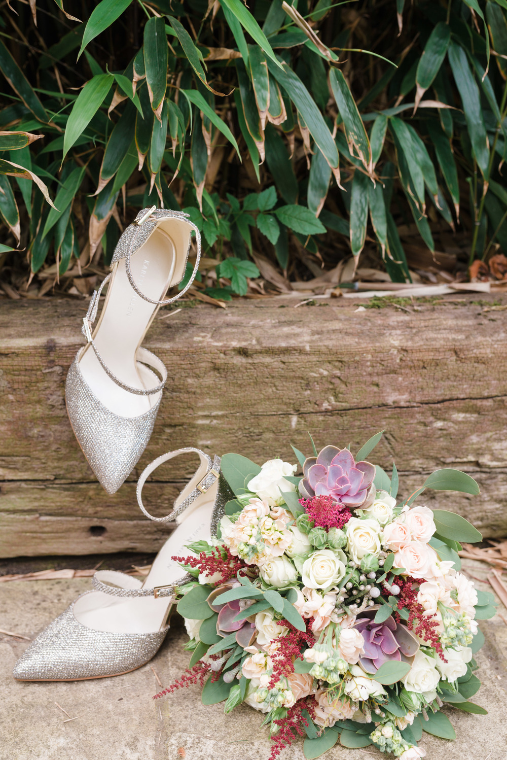 hannah-mcclune-photography-mill-house-hotel-swallowfield-rustic-wedding-burgundy-and-peach-wedding-8