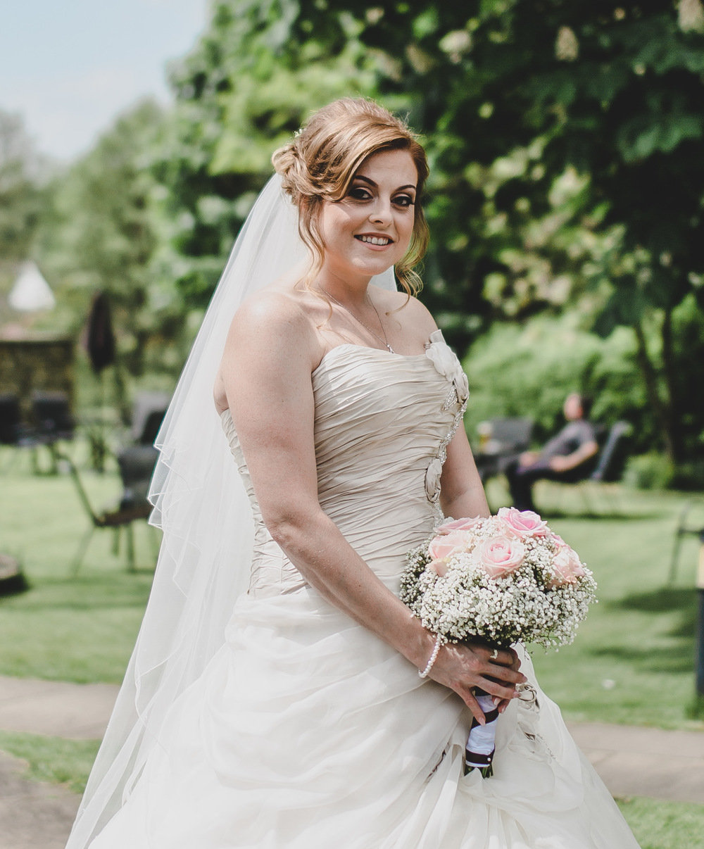 A gorgeous Glastonbury Festival themed Wedding with an Ian Stuart ...