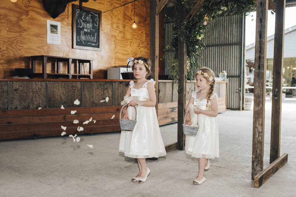 the-white-tree-photography-zonzo-estate-yarra-valley-australian-wedding-rustic-chic-wedding-49
